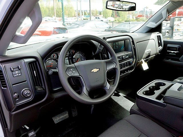 2016 Silverado 3500 Regular Cab, Cab Chassis #11414 - photo 7