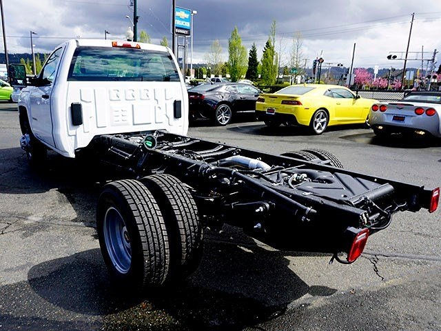 2016 Silverado 3500 Regular Cab, Cab Chassis #11414 - photo 25