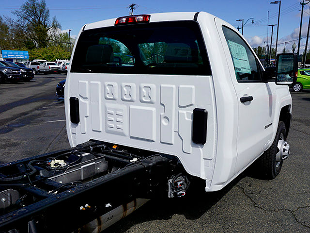 2016 Silverado 3500 Regular Cab, Cab Chassis #11530 - photo 24