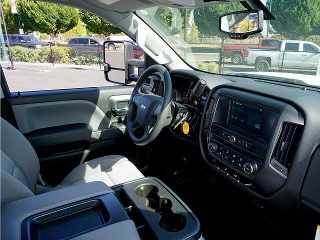 2016 Silverado 3500 Double Cab, Cab Chassis #12580 - photo 9