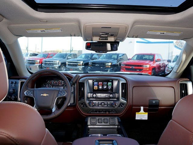 2017 Silverado 1500 Crew Cab 4x4, Pickup #12898 - photo 11