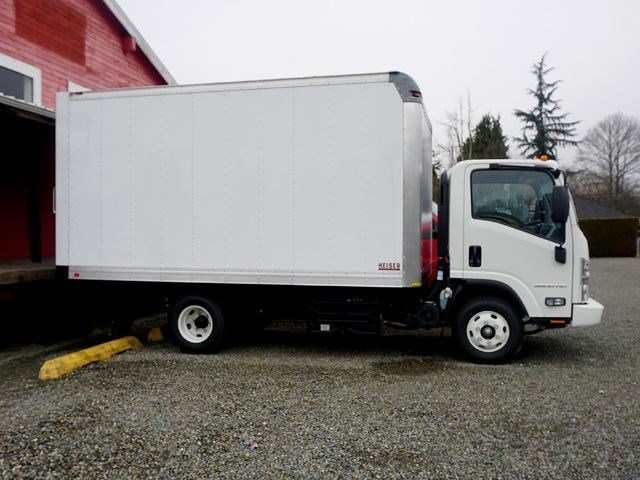 2016 Low Cab Forward Regular Cab, Dry Freight #12978 - photo 2