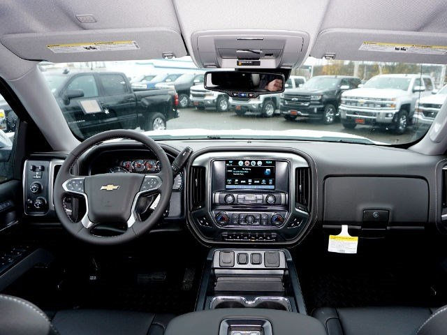 2017 Silverado 1500 Crew Cab 4x4, Pickup #13028 - photo 12