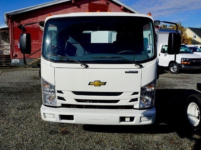 2016 Low Cab Forward Regular Cab, Cab Chassis #13164 - photo 4