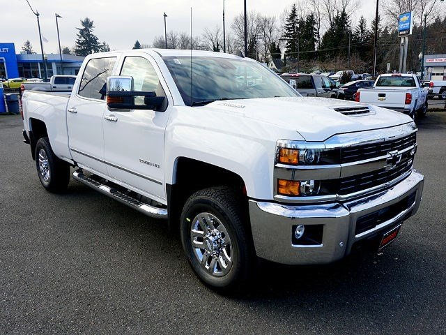 2017 Silverado 2500 Crew Cab 4x4, Pickup #13567 - photo 3