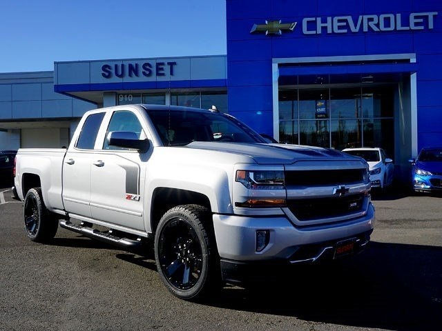 2017 Silverado 1500 Double Cab 4x4 Pickup #13663 - photo 32