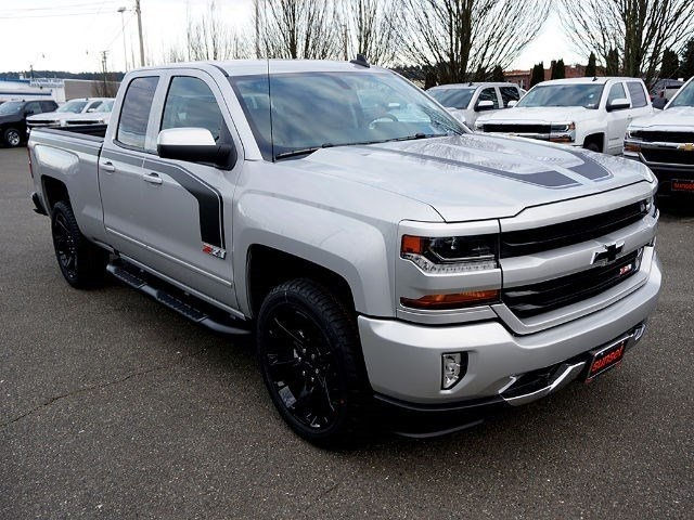 2017 Silverado 1500 Double Cab 4x4 Pickup #13663 - photo 7