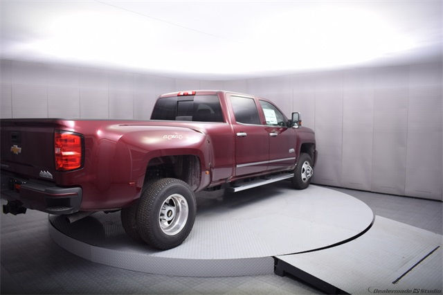 2017 Silverado 3500 Crew Cab 4x4, Pickup #13885 - photo 6