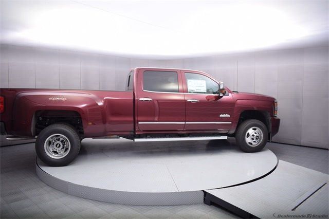 2017 Silverado 3500 Crew Cab 4x4, Pickup #13885 - photo 7
