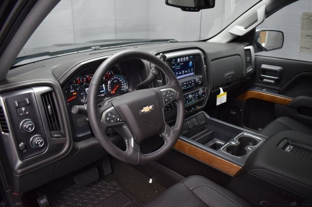 2017 Silverado 1500 Crew Cab 4x4, Pickup #13940 - photo 12