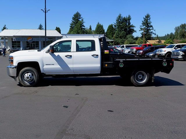 2017 Silverado 3500 Crew Cab 4x4, Platform Body #13967 - photo 3