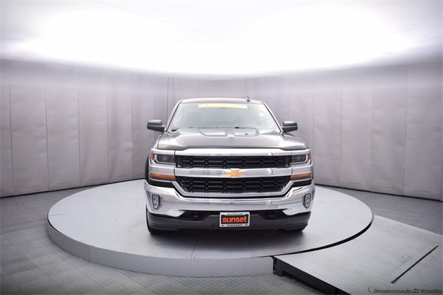 2017 Silverado 1500 Crew Cab 4x4, Pickup #13975 - photo 9