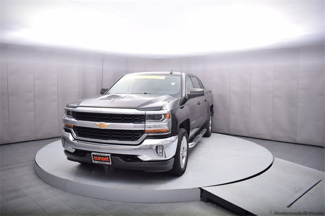 2017 Silverado 1500 Crew Cab 4x4, Pickup #13975 - photo 10