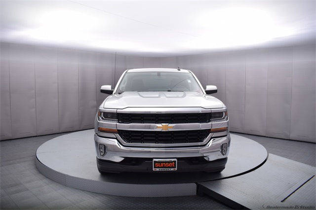 2017 Silverado 1500 Crew Cab 4x4 Pickup #13976 - photo 9