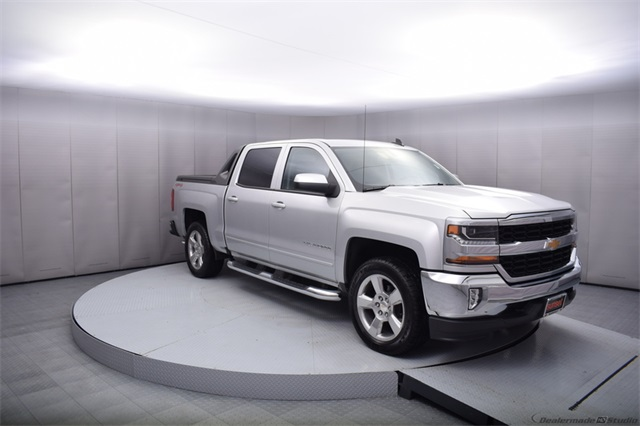 2017 Silverado 1500 Crew Cab 4x4,  Pickup #13976 - photo 8