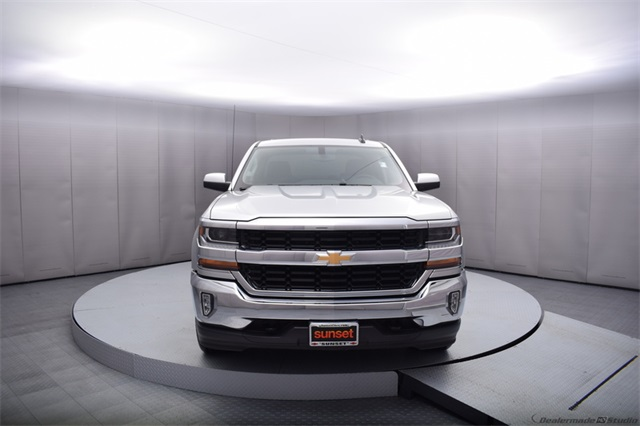2017 Silverado 1500 Crew Cab 4x4,  Pickup #13976 - photo 9