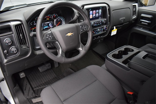 2017 Silverado 1500 Crew Cab 4x4,  Pickup #13976 - photo 11