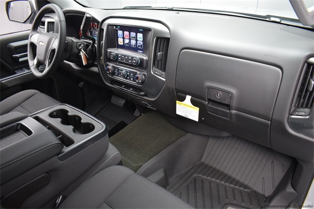 2017 Silverado 1500 Crew Cab 4x4,  Pickup #13976 - photo 14