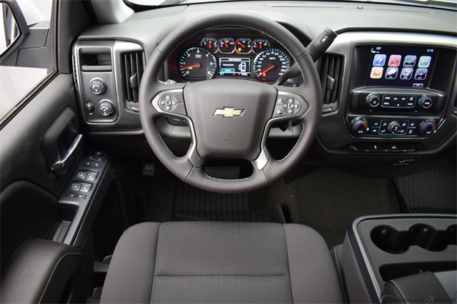 2017 Silverado 1500 Crew Cab 4x4,  Pickup #13976 - photo 20