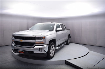 2017 Silverado 1500 Crew Cab 4x4 Pickup #13976 - photo 10