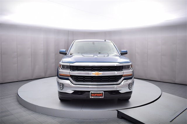 2017 Silverado 1500 Crew Cab 4x4, Pickup #13980 - photo 10