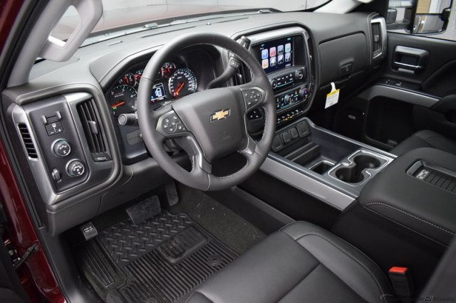 2017 Silverado 2500 Crew Cab 4x4, Pickup #14193 - photo 15