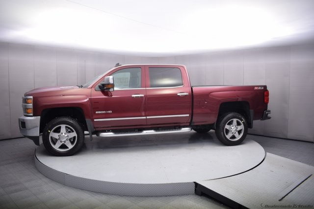 2017 Silverado 2500 Crew Cab 4x4, Pickup #14193 - photo 3