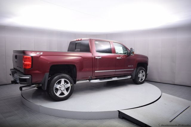 2017 Silverado 2500 Crew Cab 4x4, Pickup #14193 - photo 6