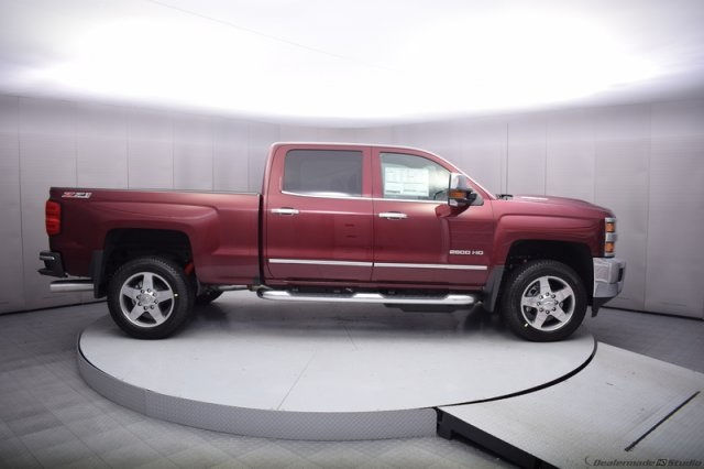2017 Silverado 2500 Crew Cab 4x4, Pickup #14193 - photo 7