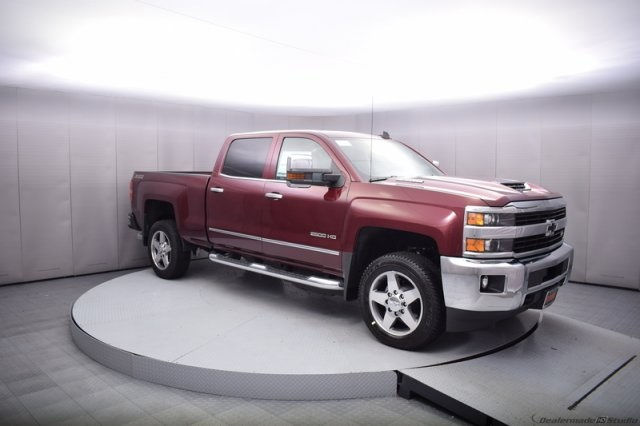2017 Silverado 2500 Crew Cab 4x4, Pickup #14193 - photo 8