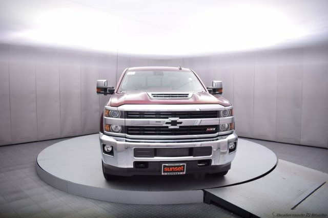 2017 Silverado 2500 Crew Cab 4x4, Pickup #14193 - photo 9