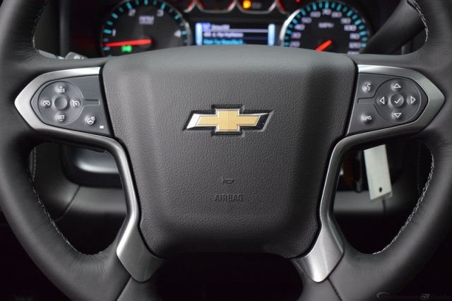 2017 Silverado 3500 Crew Cab 4x4, Pickup #14197 - photo 17