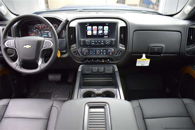 2018 Silverado 2500 Crew Cab 4x4 Pickup #14773 - photo 23