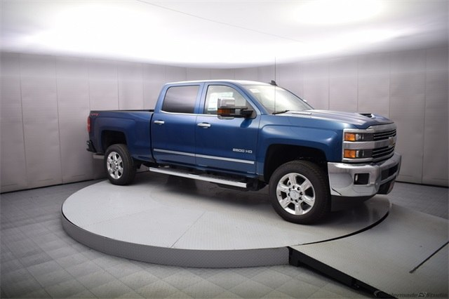 2018 Silverado 2500 Crew Cab 4x4 Pickup #14773 - photo 8