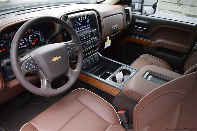 2018 Silverado 3500 Crew Cab 4x4 Pickup #14797 - photo 11