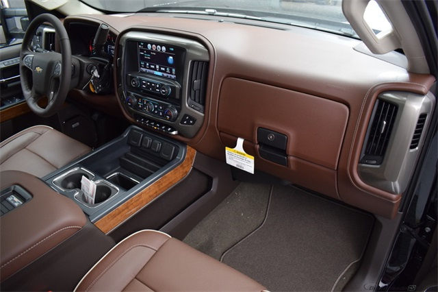 2018 Silverado 3500 Crew Cab 4x4 Pickup #14797 - photo 19