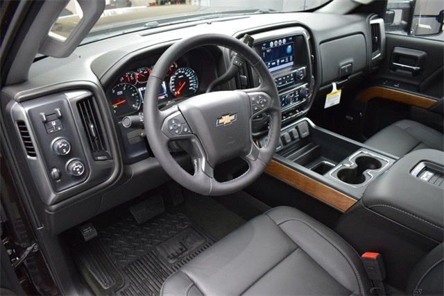 2018 Silverado 3500 Crew Cab 4x4 Pickup #14884 - photo 2
