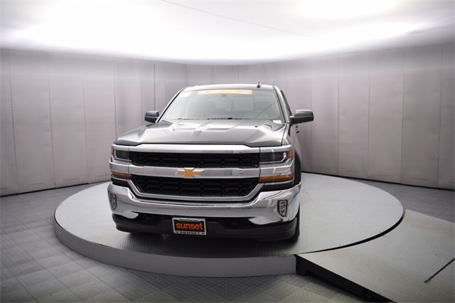 2018 Silverado 1500 Crew Cab 4x4 Pickup #14981 - photo 10