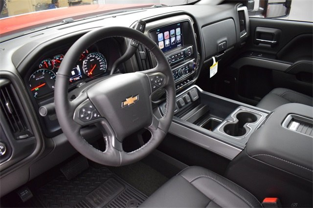 2018 Silverado 2500 Crew Cab 4x4 Pickup #14982 - photo 17
