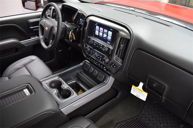 2018 Silverado 2500 Crew Cab 4x4 Pickup #14982 - photo 21