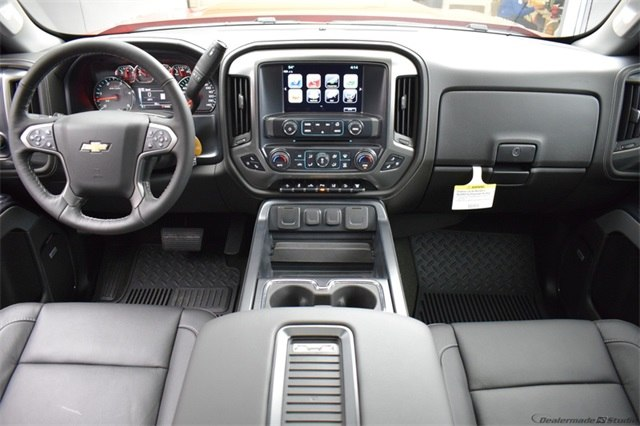 2018 Silverado 2500 Crew Cab 4x4 Pickup #14982 - photo 23