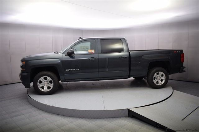 2018 Silverado 1500 Crew Cab 4x4 Pickup #15013 - photo 3