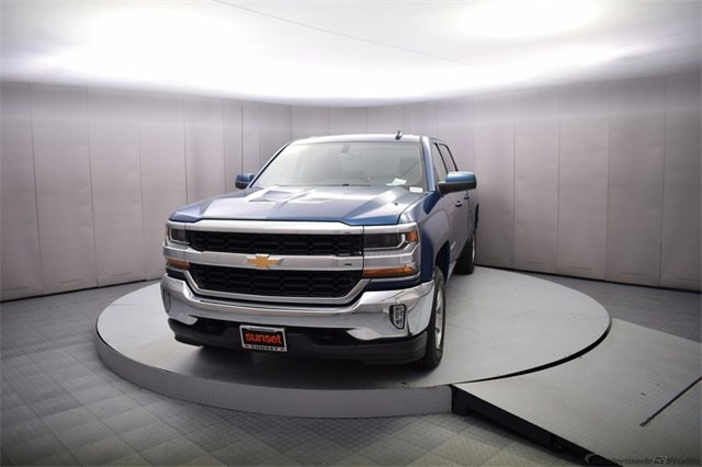 2018 Silverado 1500 Crew Cab 4x4 Pickup #15014 - photo 10