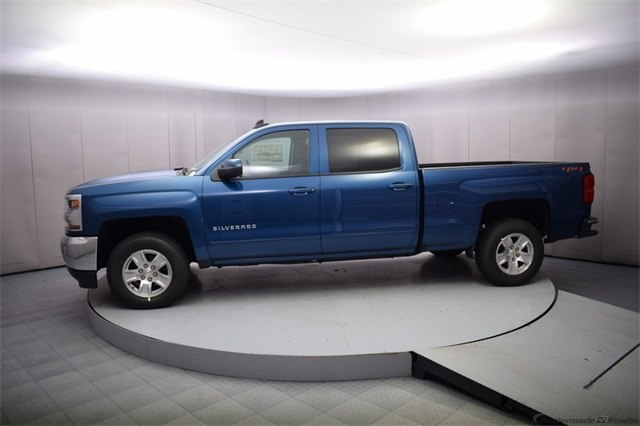 2018 Silverado 1500 Crew Cab 4x4 Pickup #15014 - photo 3