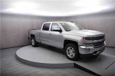 2018 Silverado 1500 Crew Cab 4x4 Pickup #15020 - photo 4