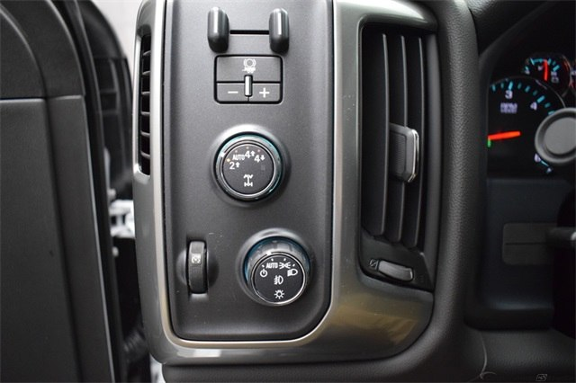 2018 Silverado 1500 Crew Cab 4x4, Pickup #15067 - photo 29