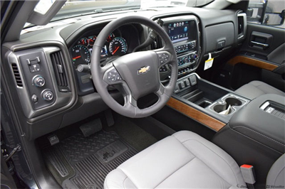 2018 Silverado 3500 Crew Cab 4x4 Pickup #15071 - photo 2