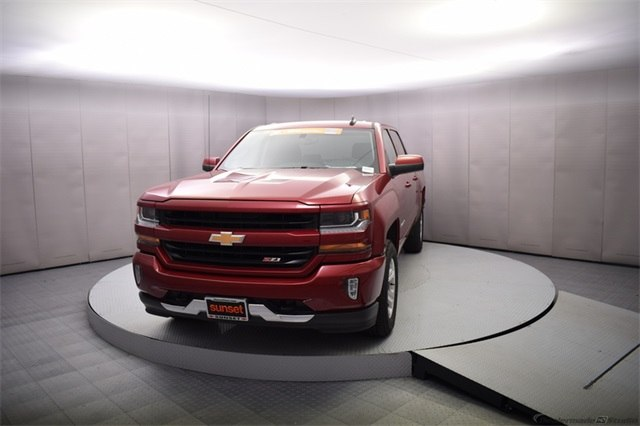 2018 Silverado 1500 Crew Cab 4x4, Pickup #15084 - photo 10