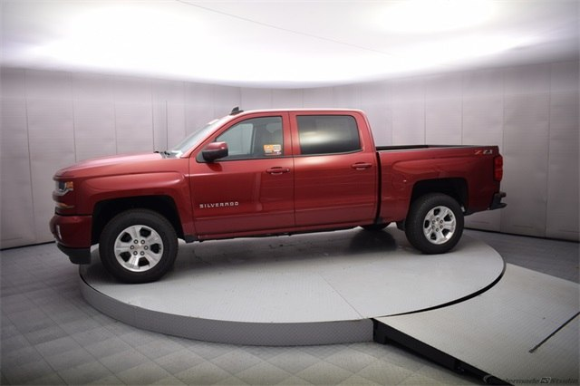 2018 Silverado 1500 Crew Cab 4x4, Pickup #15084 - photo 3