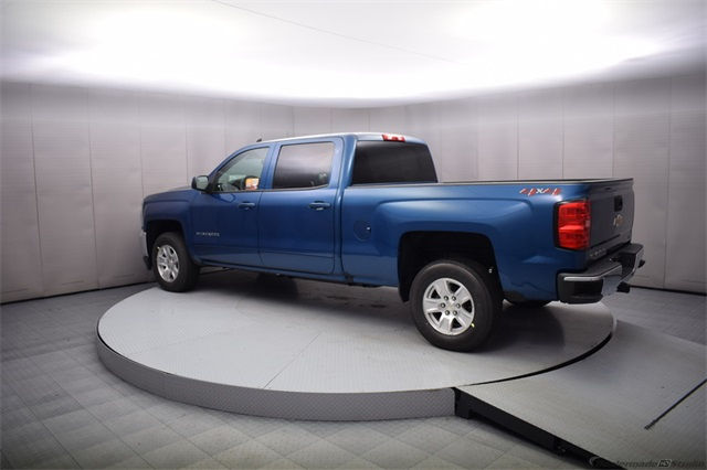 2018 Silverado 1500 Crew Cab 4x4 Pickup #15091 - photo 2